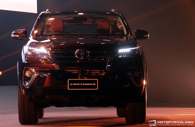 Peluncuran Toyota Fortuner Terbaru 2015 - 006