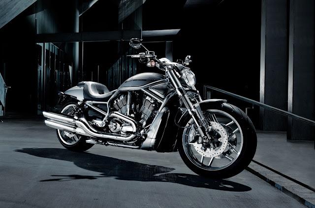 2012-Harley-Davidson-VRSCDX-VRod10th-Anniversary-Edition