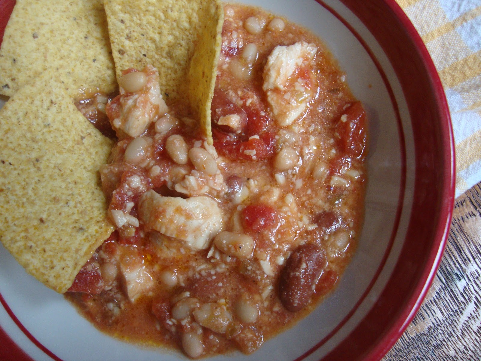 ... and Creating with Avril: Super EASY and Super YUMMY Chicken Chili