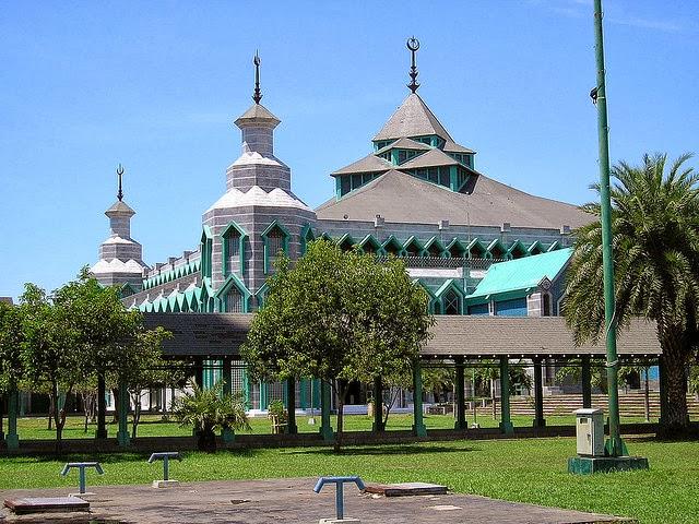 Masjid Al-Markaz Al-Islami