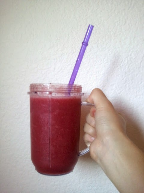 All Natural Strawberry Peach Pomegranate Smoothie