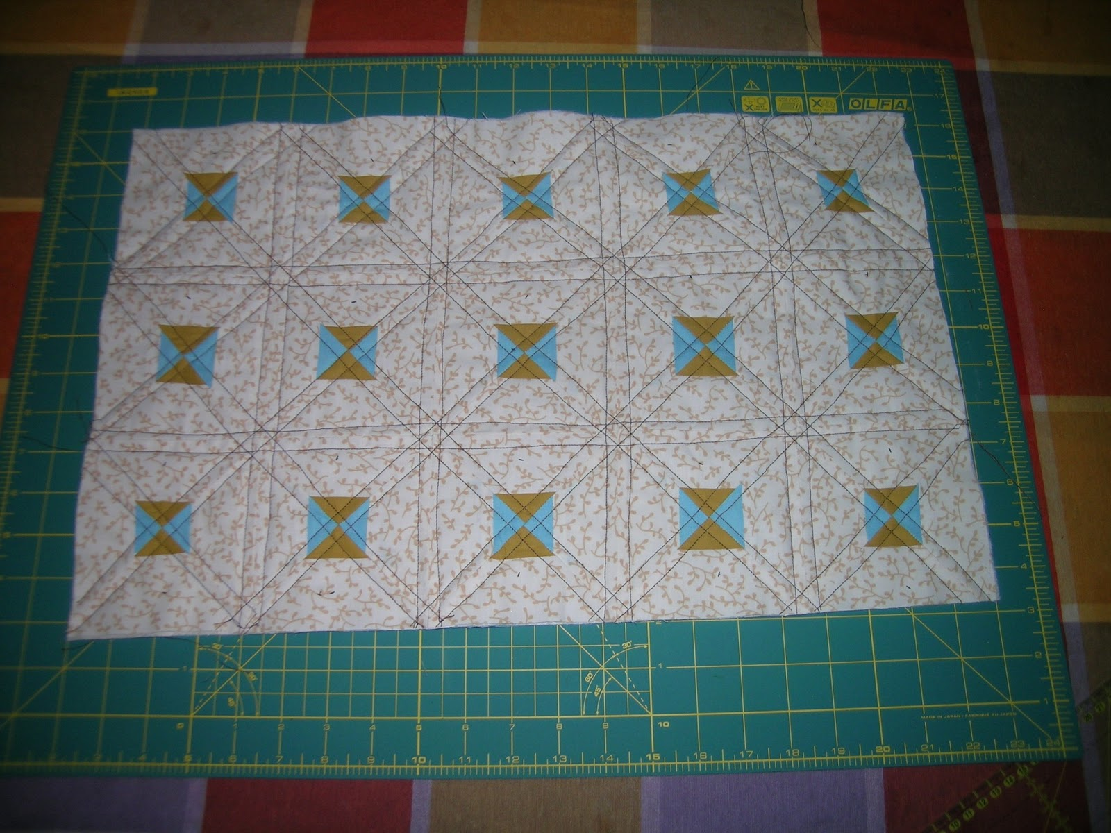 Labores artesanas el tapiz misterioso de authentic - Almazuelas patrones gratis ...