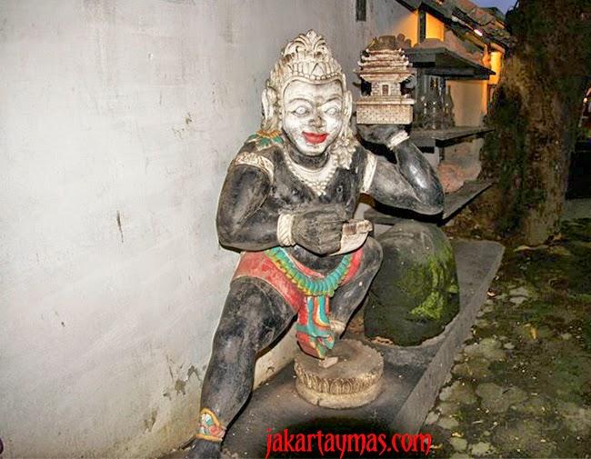 Decoración del restaurante Lara Djonggrang en Yakarta