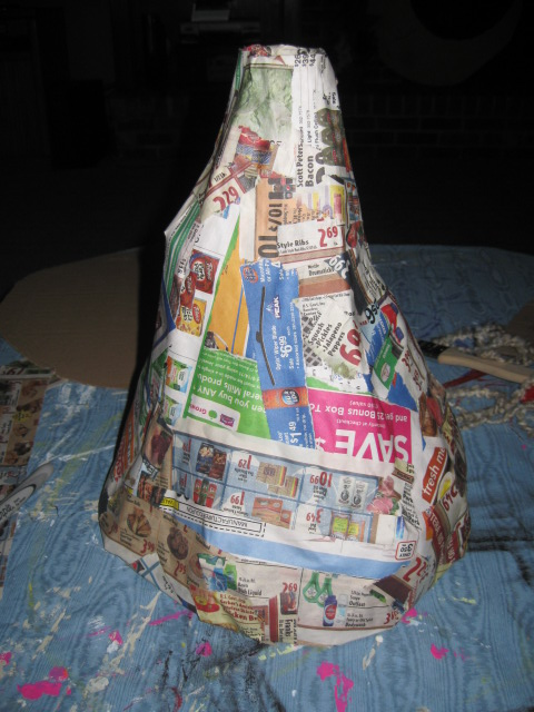 how to make a mushroom out of paper mache