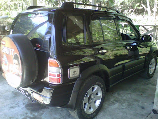 di jual mobil grand escudo 2003 AT
