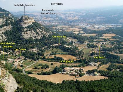 Panoràmica del Castell de Centelles i de Sant Martí des del mirador de la cinglera del Puig Fabregar