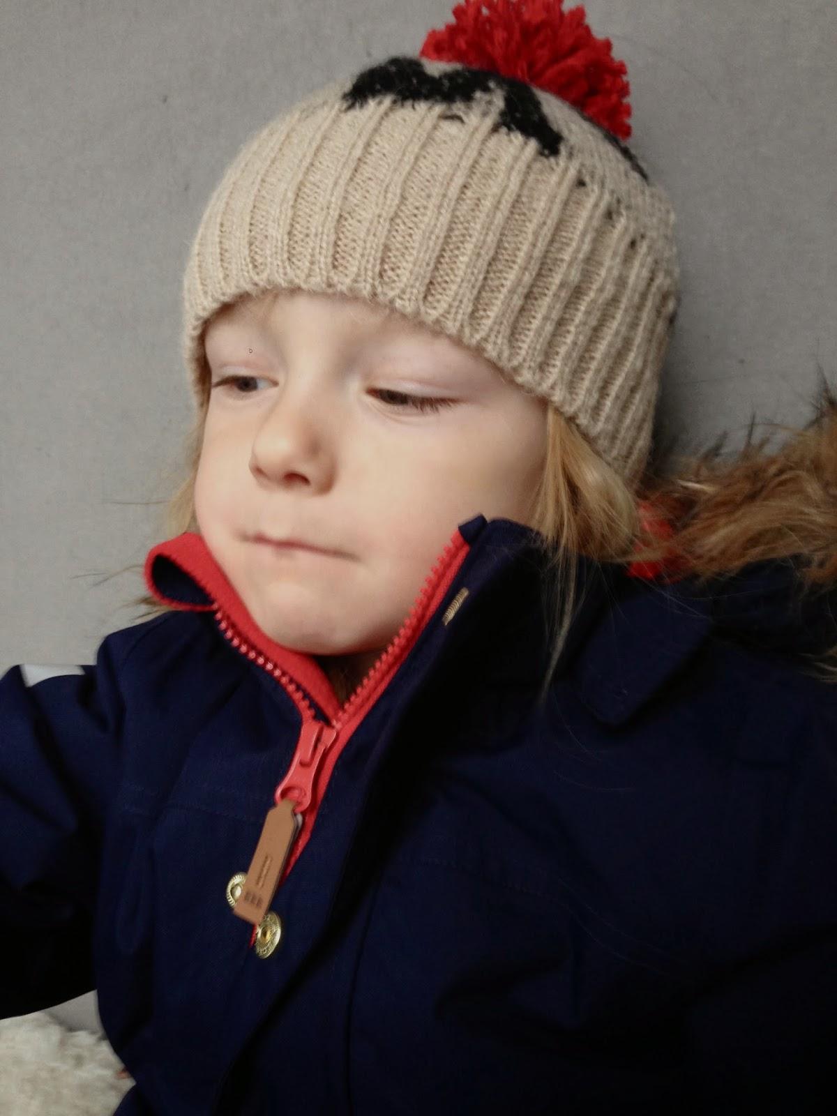 Bobo Choses, knit hat, mohair, 6-7 years, 6-7 år, small sizing, liten storlek, ylle mössa, tofs mössa, Mini Rodini overall, expedition alaska