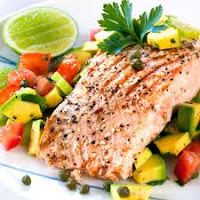 Balanced meal with vegetables and salmon help reverse diabetes
