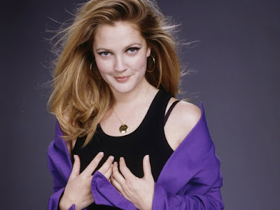 Drew Barrymore HD Wallpaper