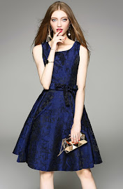 2017 Sleeveless Midnight Blue Lace Flare Dress