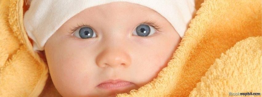 Mavi gözlu tatlı bebek facebook kapak resmi