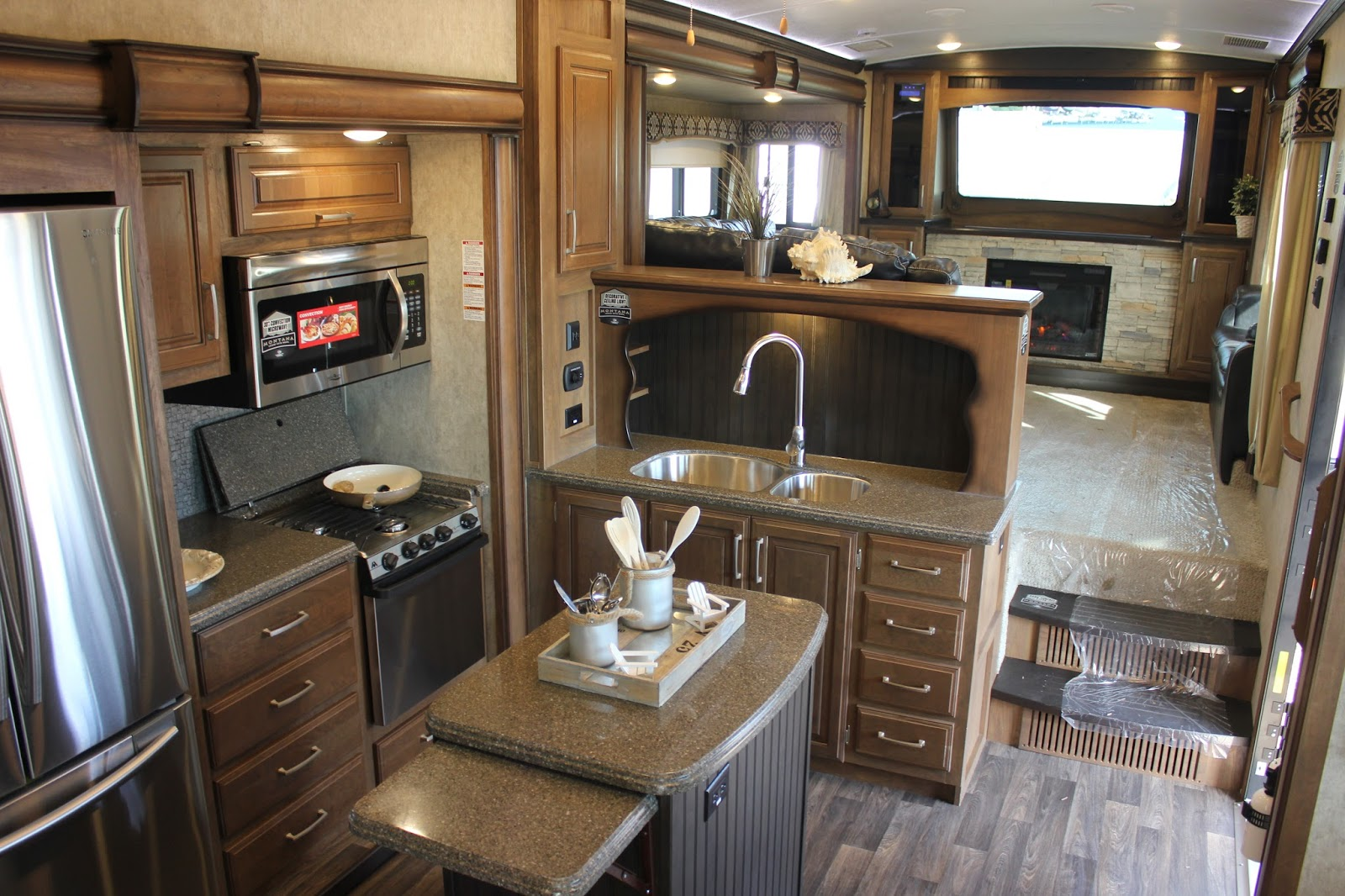 Highlights From The Rv Dealer Open House Gr8lakescamper