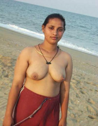 Indian Mature Mom Naked Photo Shoot At Beach