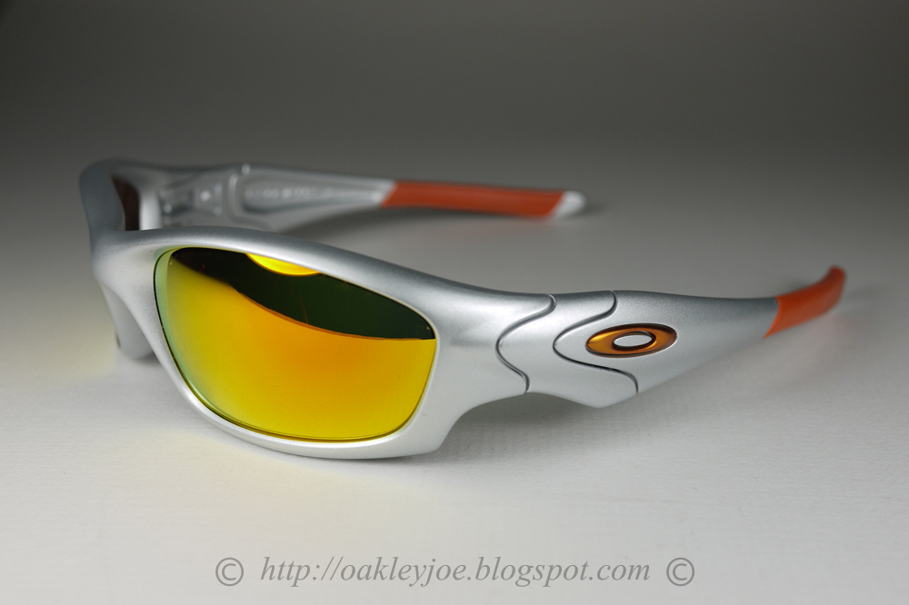 oakley livestrong flak jacket z5tq  04-334J Straight Jacket Asian Fit Silver + Ice iridium NOT FOR SALE lens  pre coated with Oakley hydrophobic nano solution complete Oakley package  includes