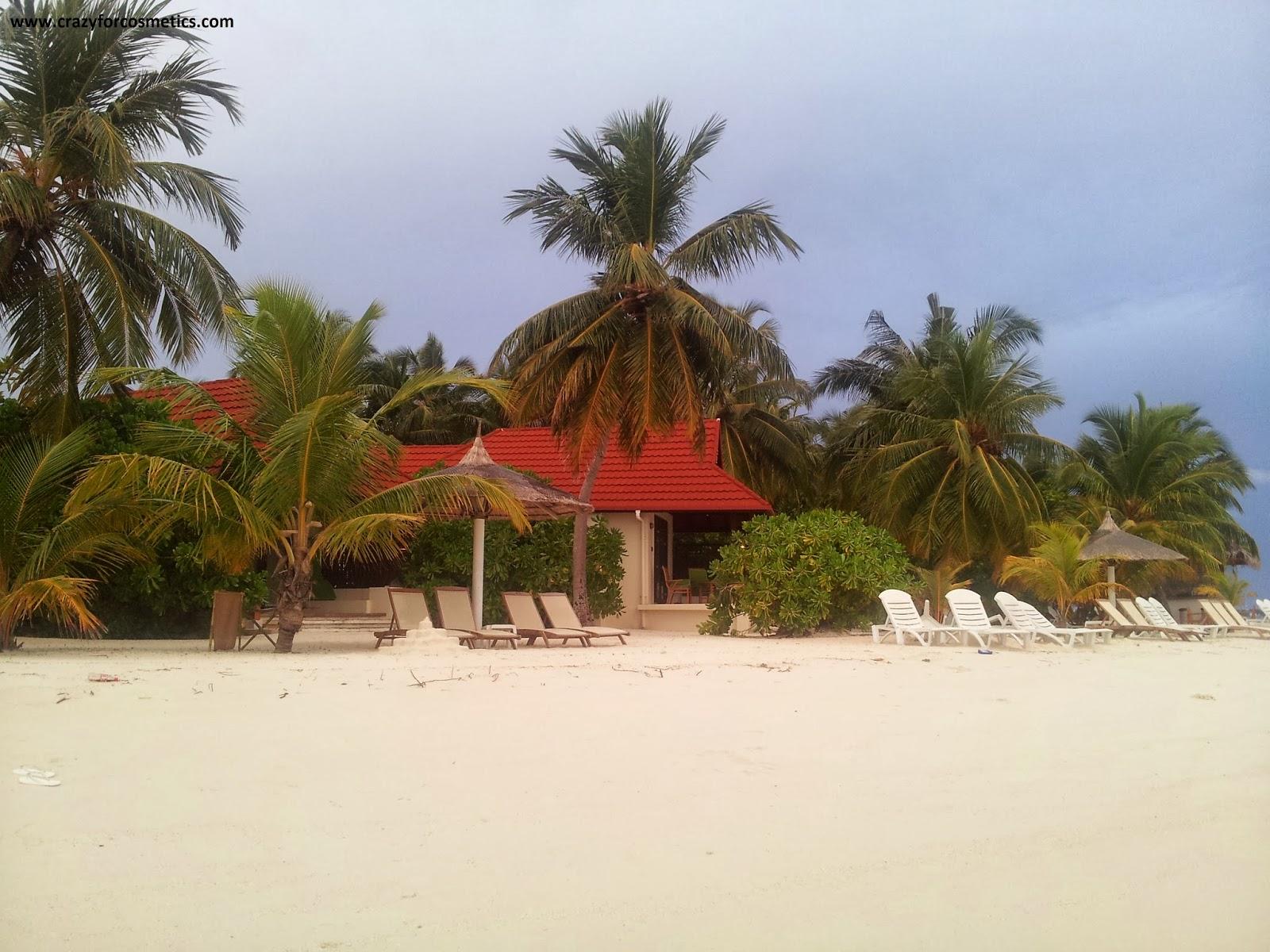Kurumba Maldives Deluxe Beach front Bungalow