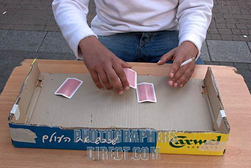 how to play 5 card monte