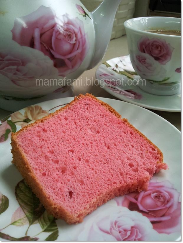 Strawberry Yogurt Chiffon Cake Recipe