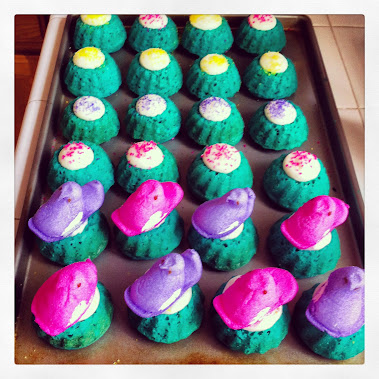 EASTER MINI BUNDT CKES