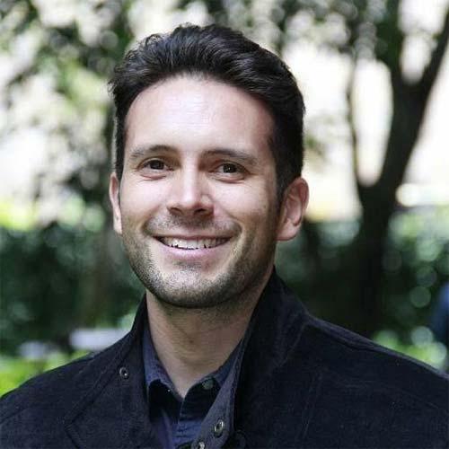 Felipe Lozano, director de Tejiendo versos