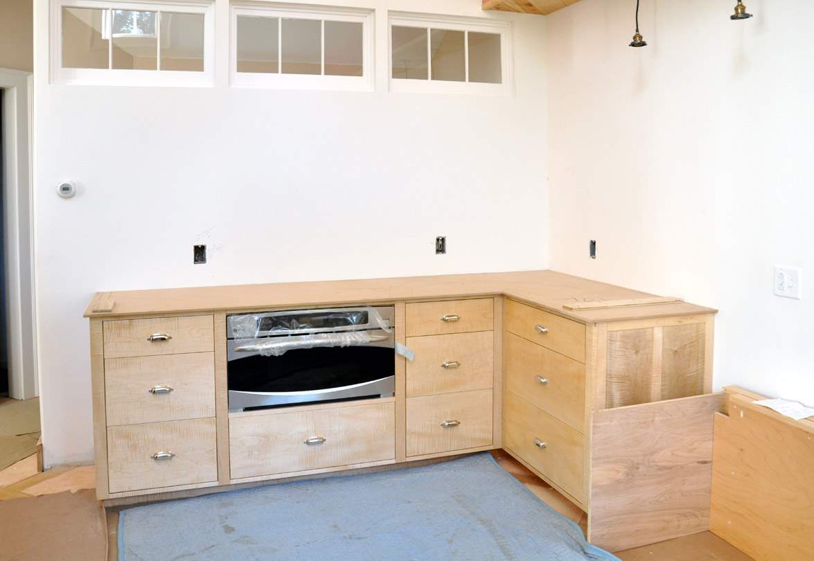 Used kitchen cabinets ny for Kitchen cabinets used