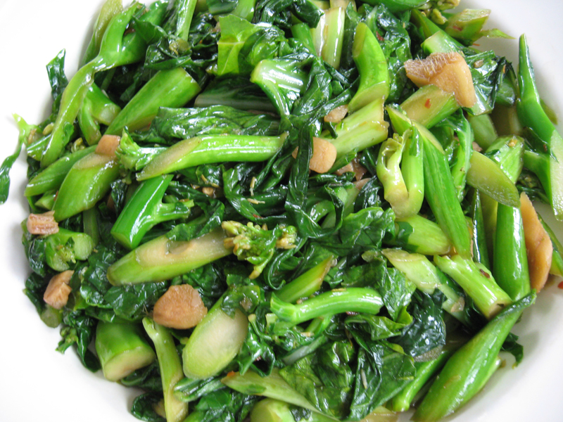 how to cook chinese broccoli with garlic sauce