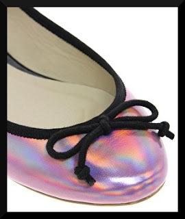 Chaussures holographiques roses asos détails