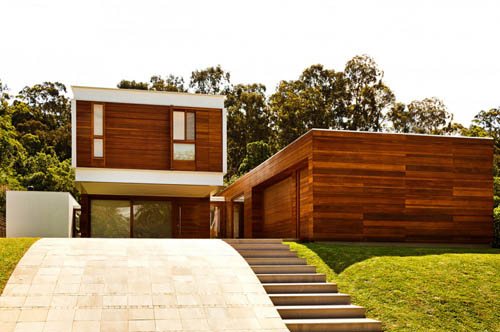 Contemporary Design of Haack House exterior