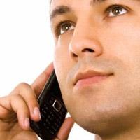 Orang sedang menelepon