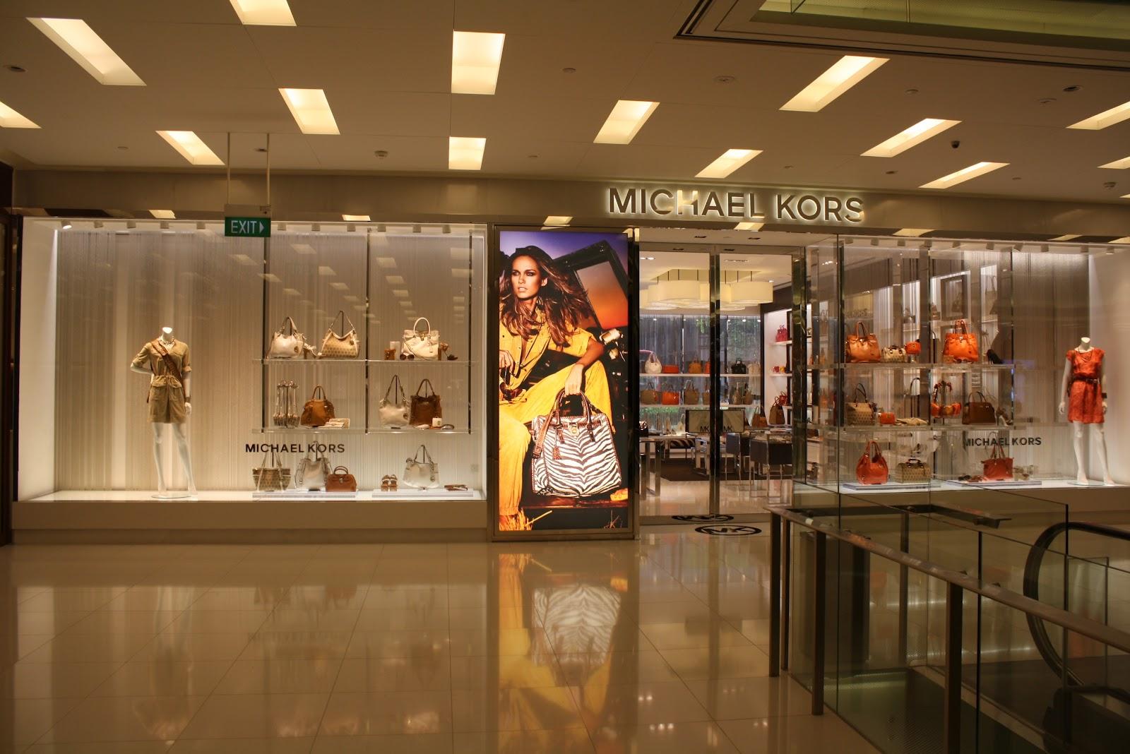 displayhunter michael kors flagship store. Black Bedroom Furniture Sets. Home Design Ideas