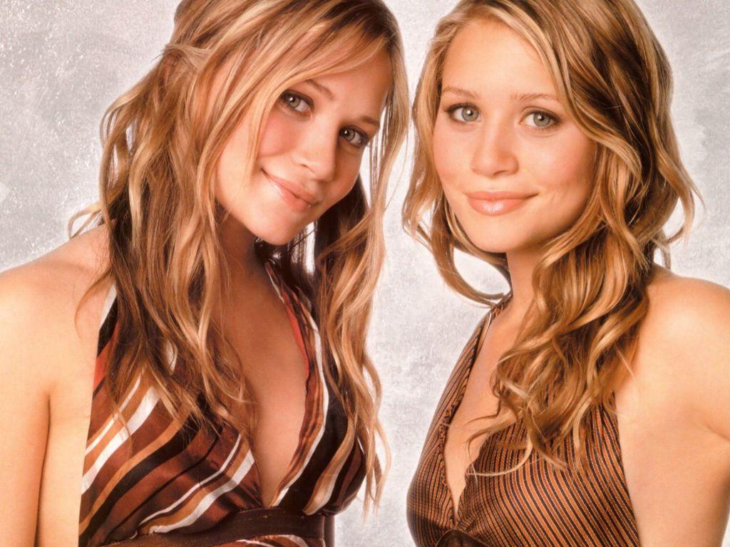 http://4.bp.blogspot.com/-YGwmU7JdlsM/TbhBDSyuHhI/AAAAAAAAARc/0XjJLU-sN_w/s1600/Olsen-Twins-23.JPG