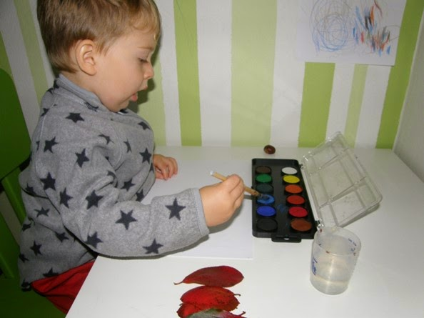 dítě vodové barvy listy podzim
