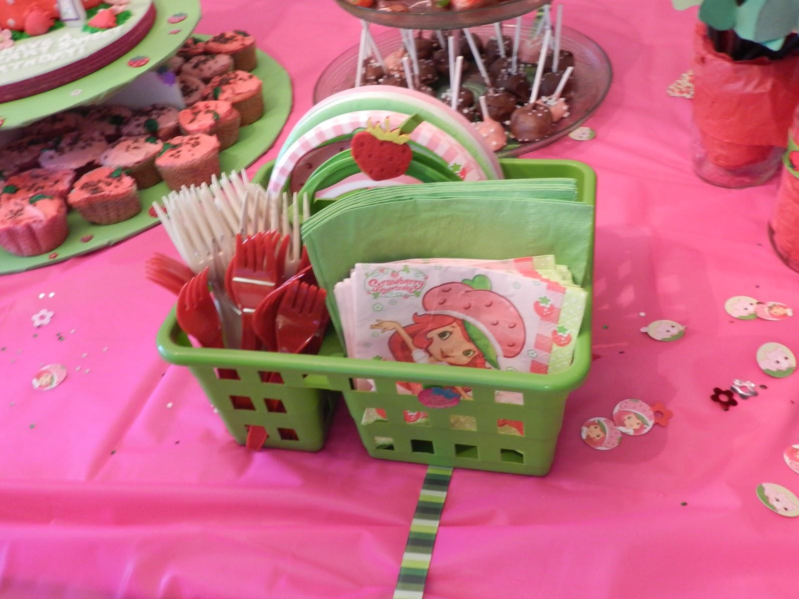 Candy Pretzel Parties: Strawberry Shortcake Party