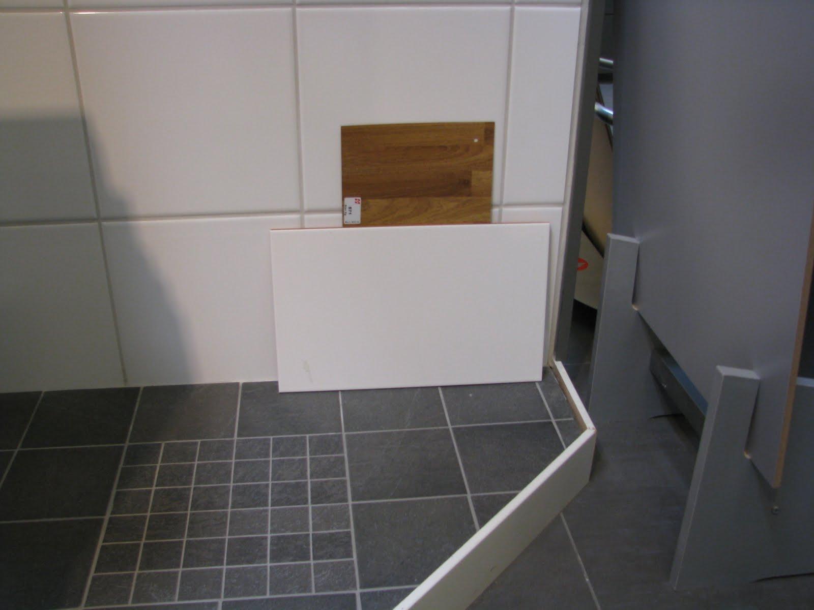 Our House on Hults Höjd: Klinker och kakel