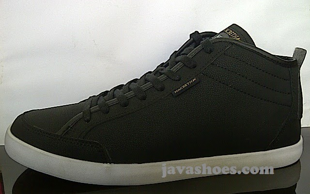 sepatu Macbeth Reed Synth Leather Black White original