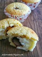 Muffinki z budyniem i czekoladą