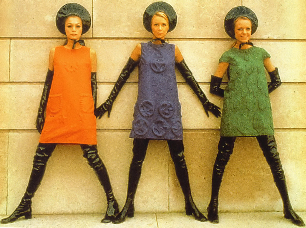 Avengers In Time 1968 Fashion Pierre Cardin Space Age Look