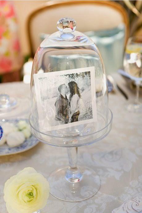 7 centros de mesa para bodas con fotos de los novios for Centros de mesa para boda
