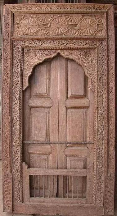 La paloma mensajera adivinaza for Puertas correderas antiguas