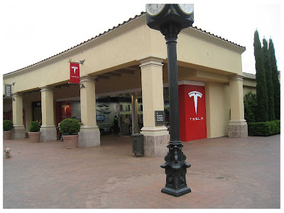 Tesla Fashion Island, Newport Beach, California USA