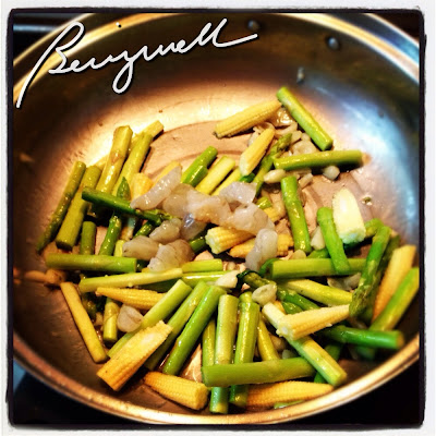 Cooking Baby Corn and Asparagus