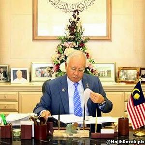 Ahli Umno ceramah di pentas PKR dipecat