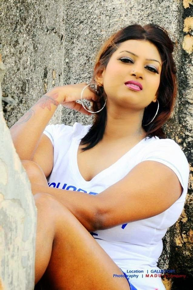 Chathuni Nivarthana Latest Blue Tight Hot Photos