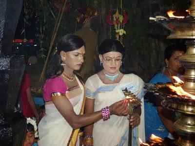 crossdresser indian festivals chamayavilakku men dressed as woman