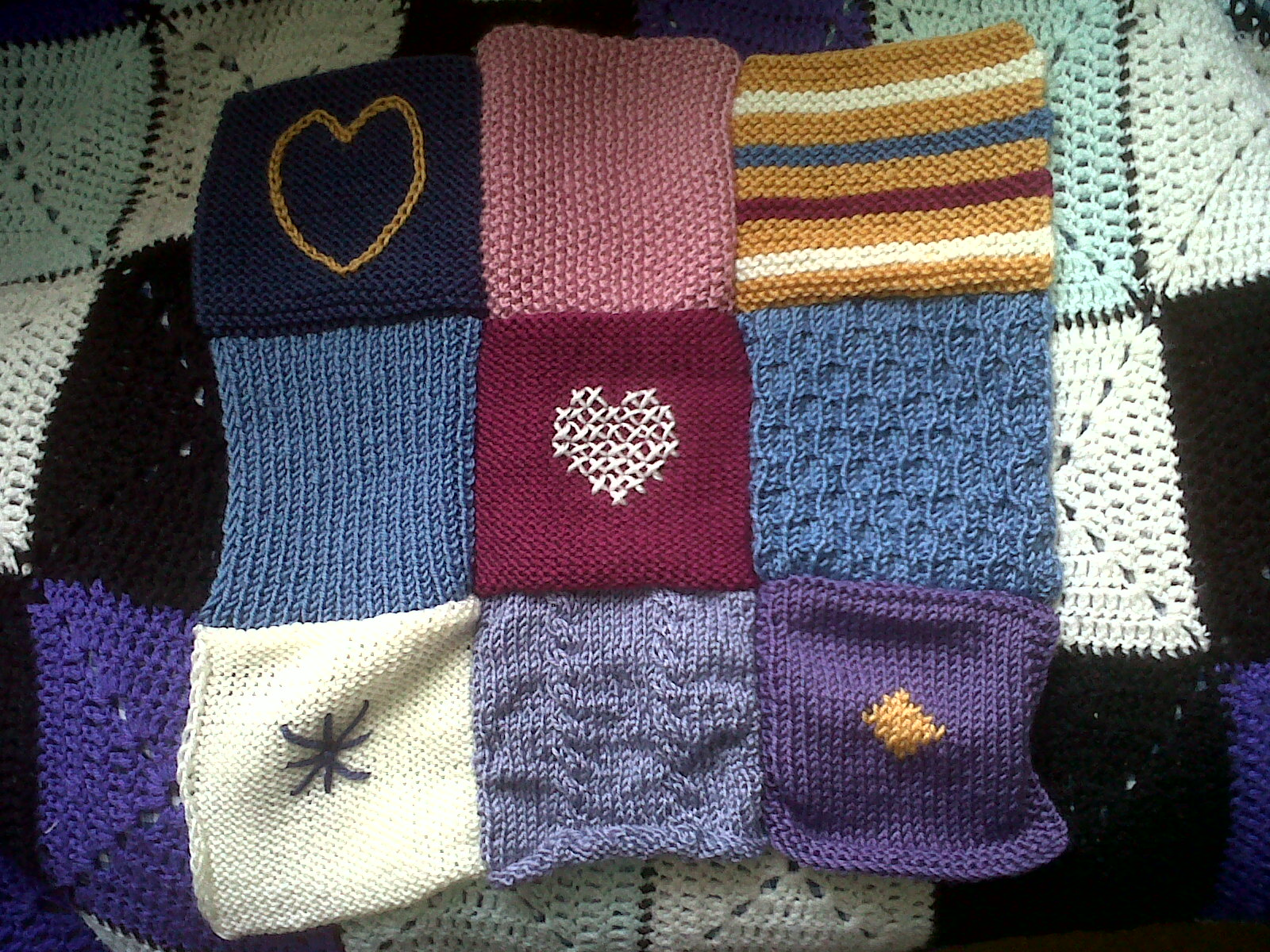 Beckys Crafting Blog: A Knitted Blanket