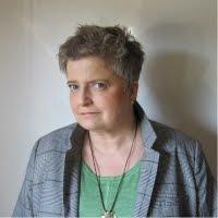Helga König im Gespräch mit der diplomierten Sozialarbeiterin Andrea Bredenbröker.