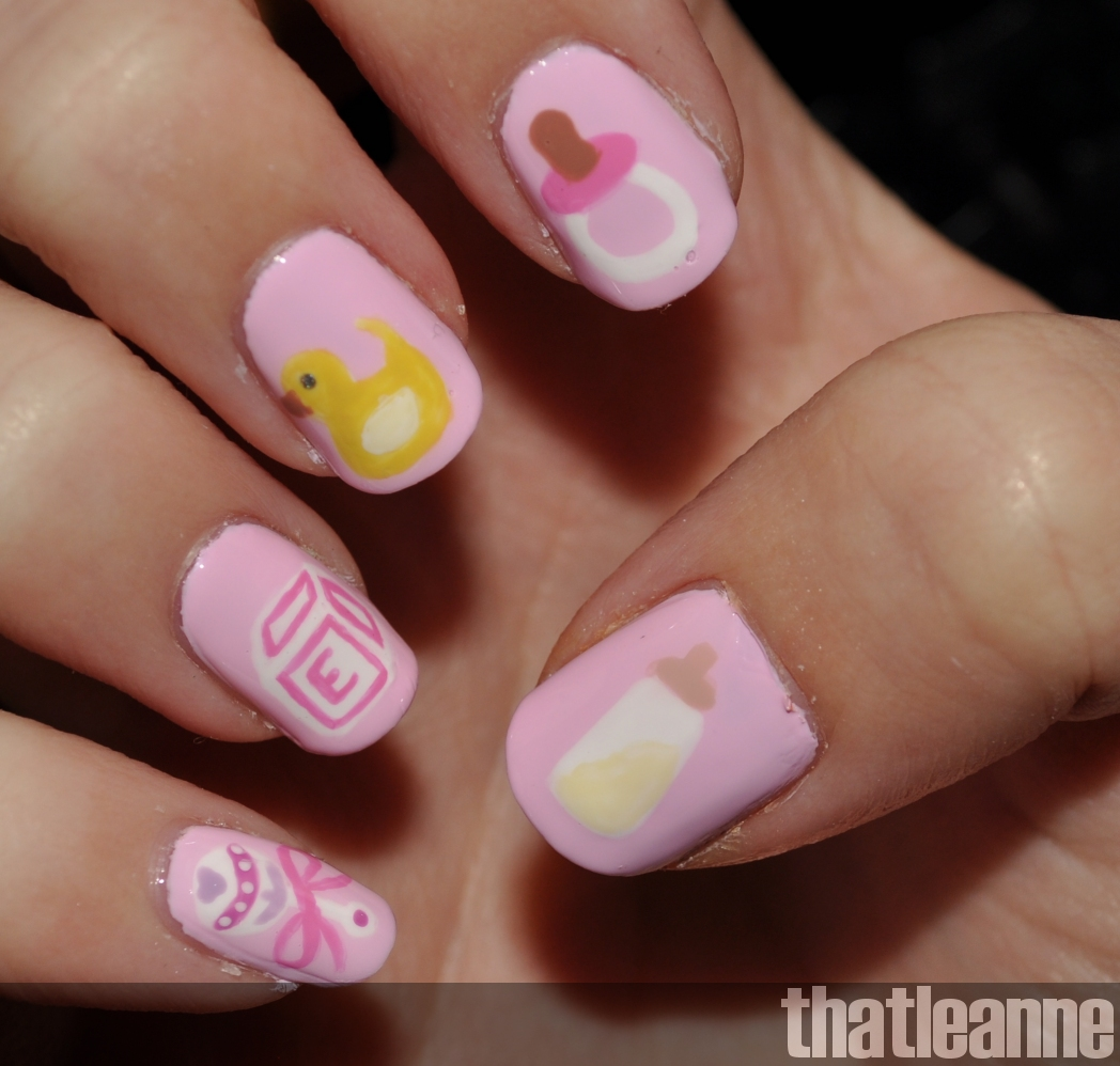 thatleanne: Baby Girl Nail Art and some new scented candles :-)