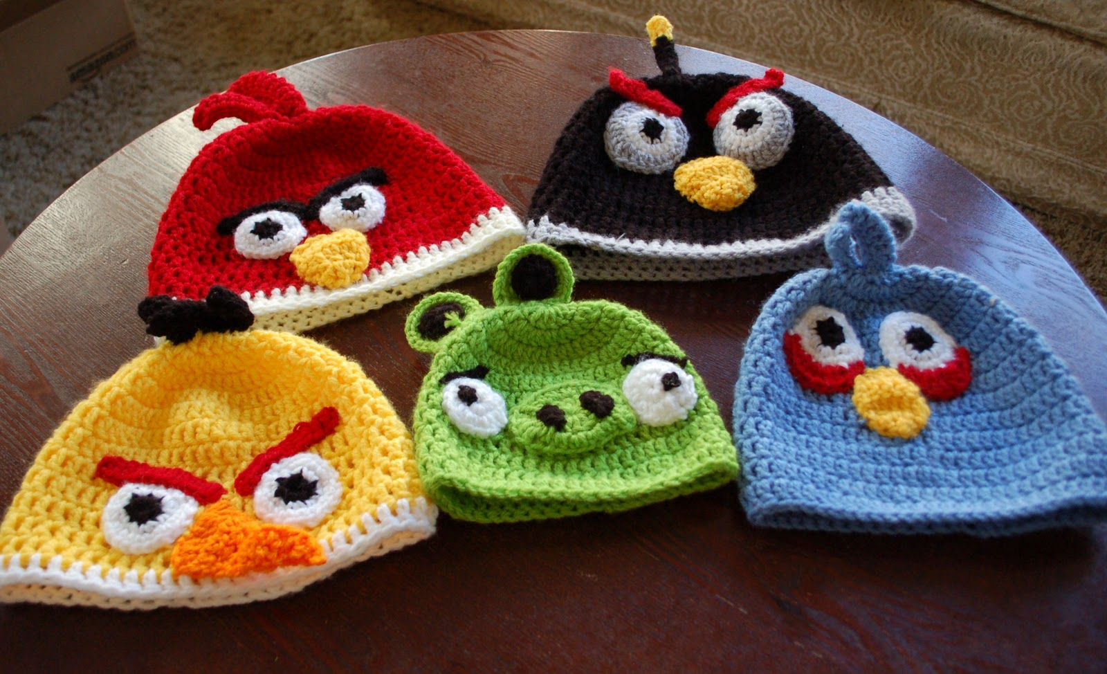 Crochet Hat Pattern Angry Bird : light-in-leaves: Crocheted Angry Birds hats