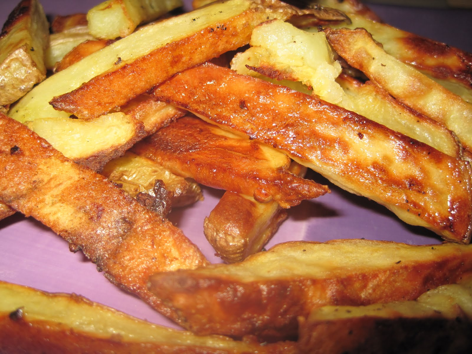 Heartland Foodie: Baked French Fries with Old Bay Mayo Dipping Sauce