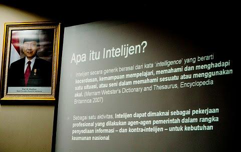 Cara kerja intelijen Tidak Mengenal batasan