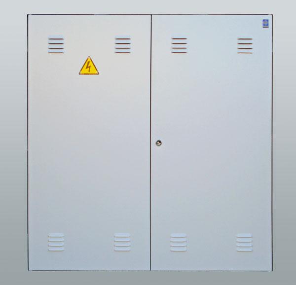 Artchist instalaciones el ctricas cuadro general de for Puerta metalica exterior